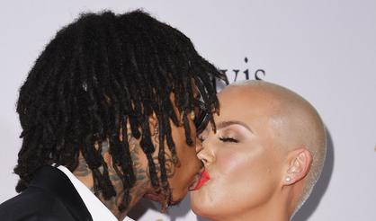 Amber Rose Insists Wiz Khalifa And Her Are Not Back Together