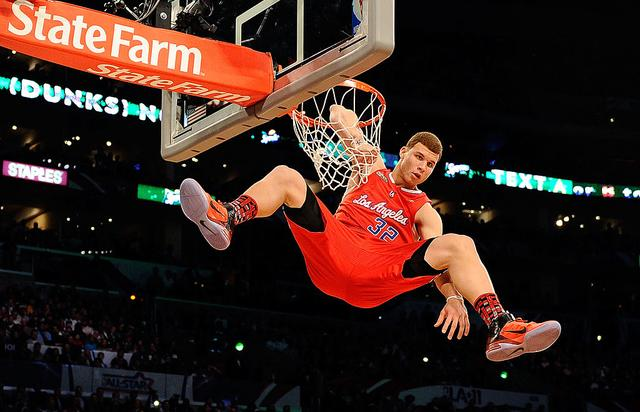 Blake Griffin #32 of the Los Angeles Clippers dunks the ball as his elbow hangs on the rim in the Sprite Slam Dunk Contest apart of NBA All-Star Saturday Night at Staples Center on February 19, 2011 in Los Angeles, California.
