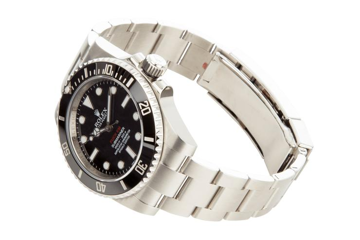 1. Supreme x Rolex Submariner